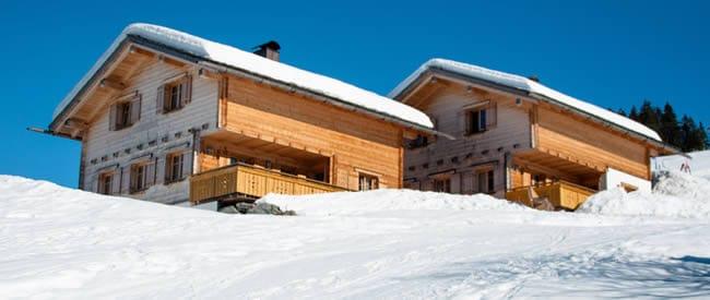 Grote chalets en luxe appartementen wintersport frankrijk for Huis aan de piste oostenrijk